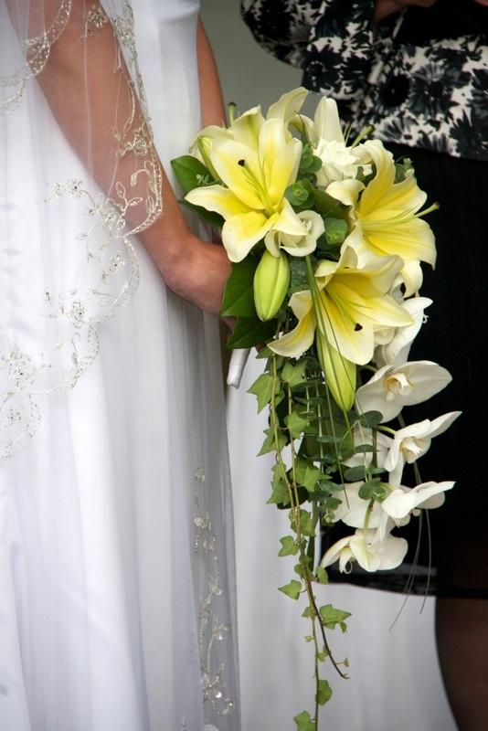 Cascade bouquet ..
