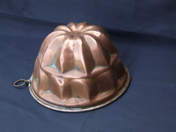 Copper Jelly Mold//Cake mold//Antique by VintageRetroOddities