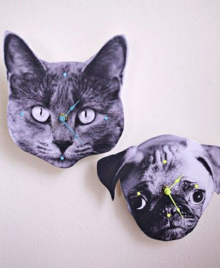 10 Fun DIY Clocks http://www.abeautifulmess.com/2013/08/make-your-own-photo-wall-clock.html