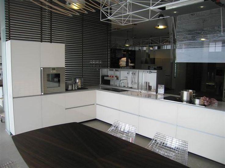 Oltre 25 fantastiche idee su cucina ad angolo su pinterest nicchie colazione angolari cucina - Cucine angolari usate ...