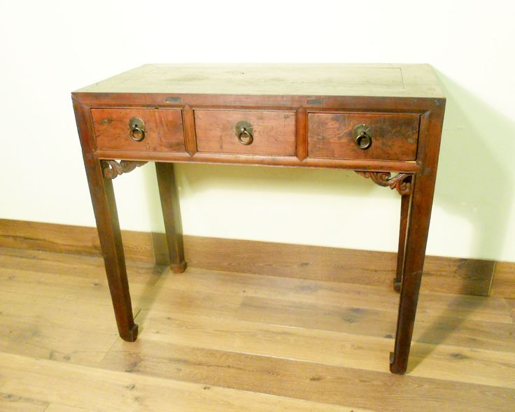 Lovely oriental Hall Table