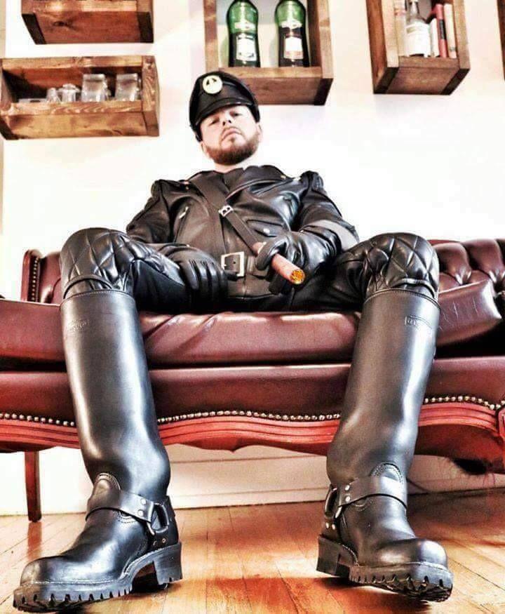 Masters Alpha Leather : Photo