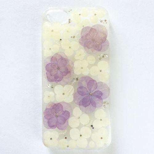 押し花iphoneケース あじさい(パープル、ホワイト) シルバーストーン | Botanical Concept ---------- #botanical_concept #minne #iPhone #iPhone6 #handmade #resin #pressedflower #flower #plant #botanical #iPhone #iPhonecase #iPhone6 #iPhone6case #smartphonecase #happy #instagood #cute #fashion #love #iPhoneケース #iPhone6ケース #ハンドメイド #ハンドメイドアクセサリー #レジン #押し花 #花 #植物 #ボタニカル #スマホケース #かわいい #ファッション