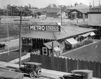 Metro Pictures studio at 6300 Romaine St., Hollywood, circa 1910s. Later to become MGM Grand!!