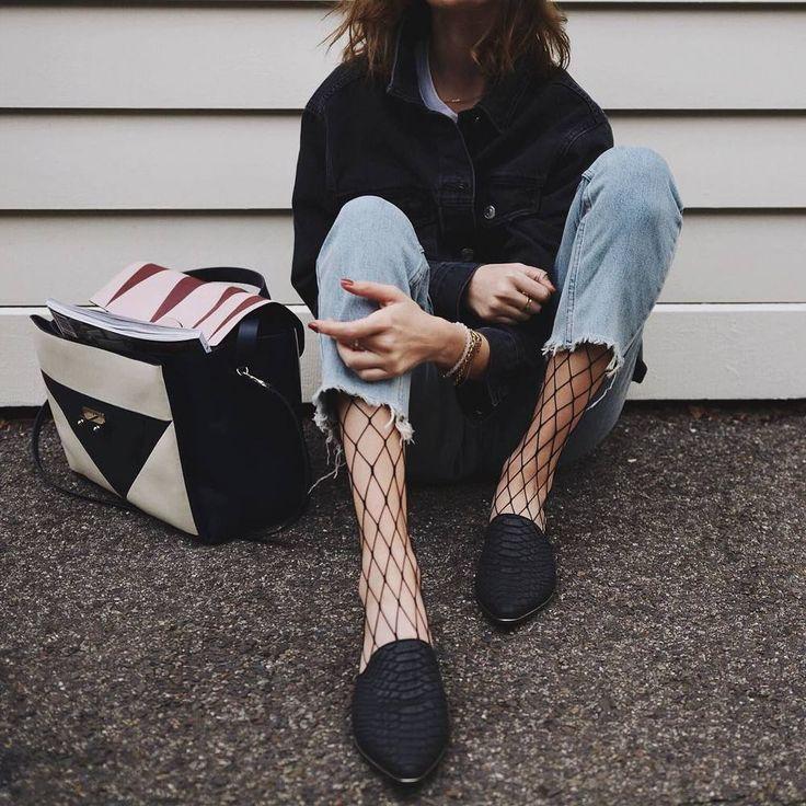 Микротренд: Колготки под джинсы — неужели это модно?