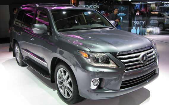 If you are planning to buy a new SUV in the year 2013, then you can't be missing out on this. We already know how it is going to be, we have already seen it; felt it; and whats more, it is the best luxury you can have for the price you are paying. Meet the 2013 Lexus LX 570