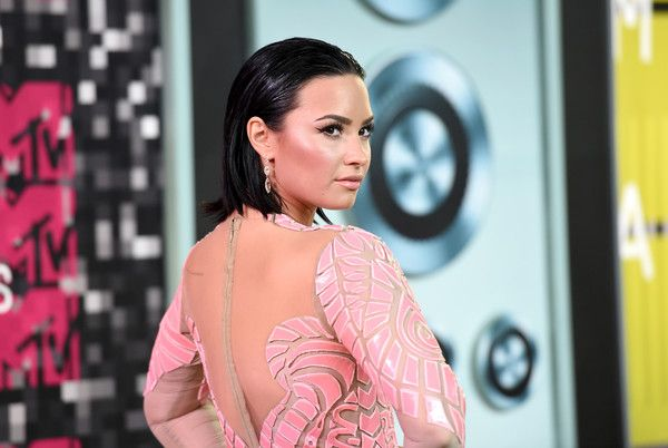 Actress/singer Demi Lovato attends the 2015 MTV Video Music Awards at Microsoft Theater on August 30, 2015 in Los Angeles, California.