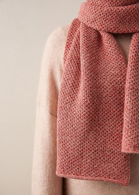 Mini Honeycomb Scarf pattern by Purl Soho | COWLS ANS