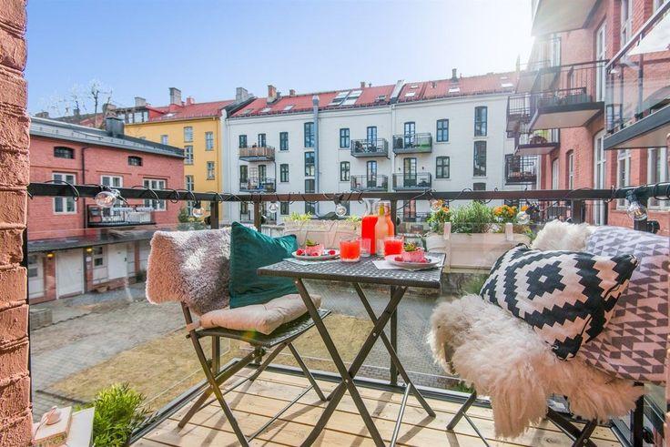 """(20) FINN – En av Tøyens råeste 2(3)-roms leiligheter i det ombygde og over 100 år gamle """"Kampen Mek. Verksted"""" med balkong, høy standard og særeget design."""