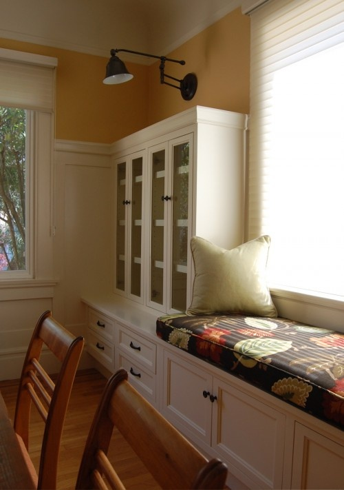 window seat: Cabinets, Idea, Built Ins, Eclectic Dining Rooms, Niche Interiors, Builtin, Windowseat, Benches Seats, Window Seats