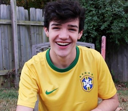 Aaron Carpenter Biography Wiki Birthday Weight Height Age Date of ...