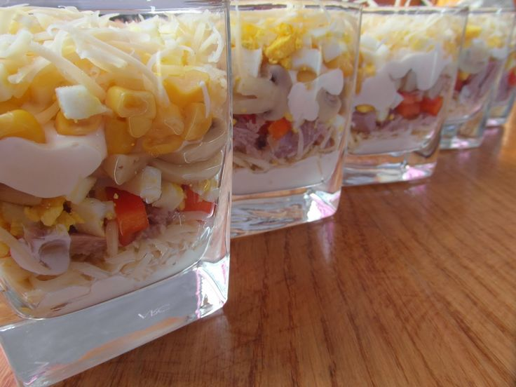 rozczochrane okruszki: Sałatka z tuńczykiem.
