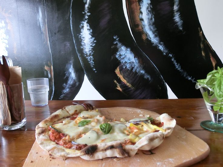 ORGANIC brick-oven veggie pizza