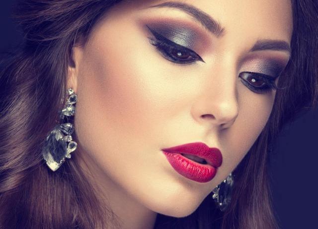 Proste sposoby na idealny makijaż oka. Tych zasad musisz się trzymać!