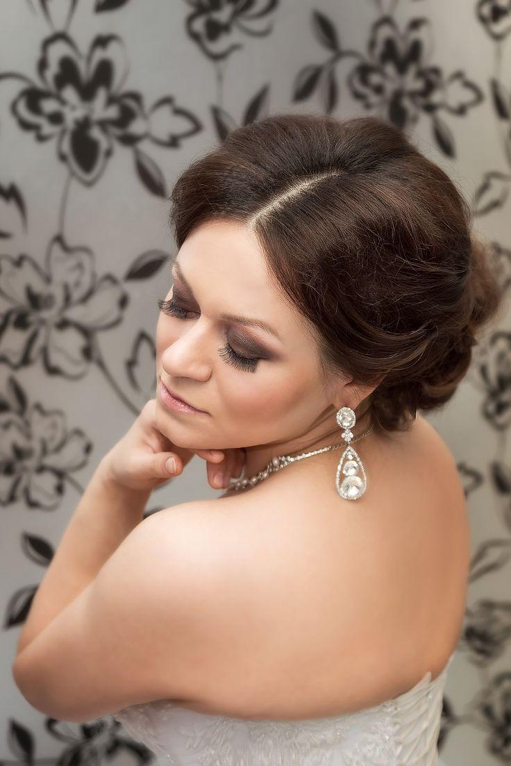 Образ невесты удался на славу. Стилист-визажист Субботина Ирина  +7 916 910 56 34 http://stylistnadom.ru/