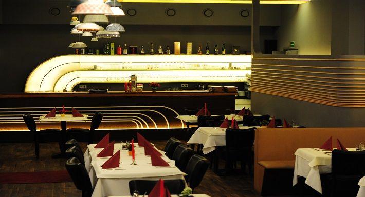 Außergewöhnliche Dekoration an den Wänden! Asiatisches Restaurant Lychee in Berlin-Wilmersdorf