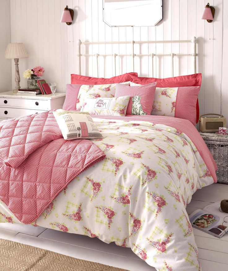 Shabby Chic Bedroom Decorating Ideas for Women 10