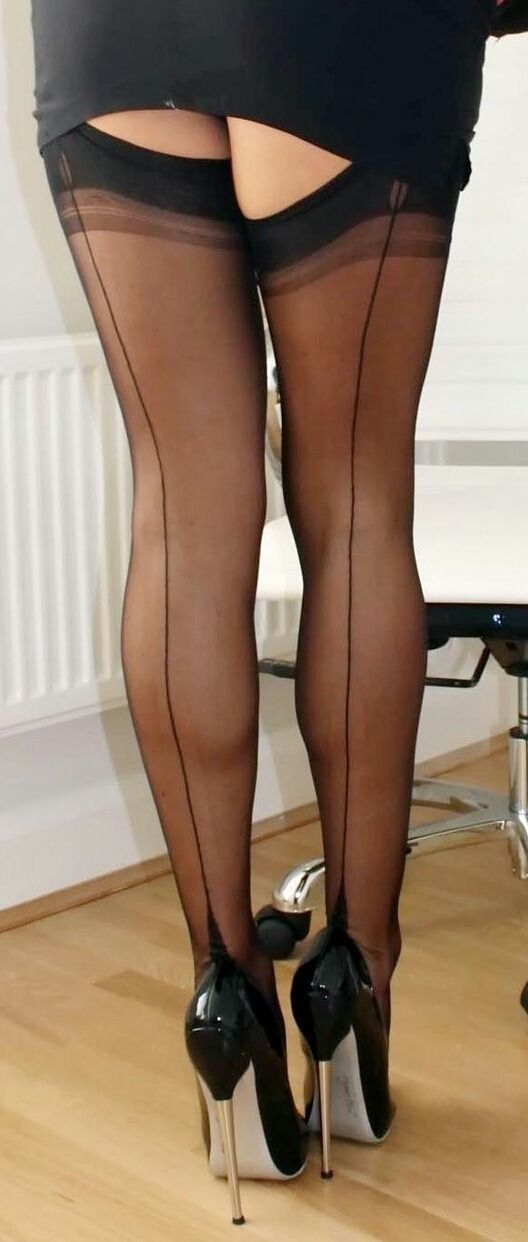 Elegant And Classy Stockimgs  Stockings Legs, Pointed -9216