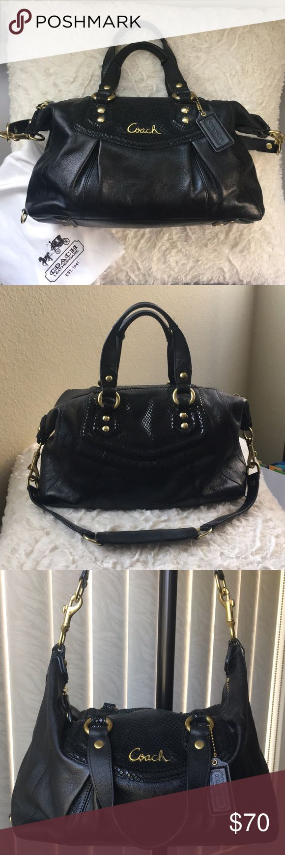 Black Coach Purse✨ Black authentic Coach purse with gold hardware. Also comes with a shoulder strap. The inside has one zipper pocket & two small pockets. All flaws are shown in ^pictures, overall it's a very cute purse & in good condition. Coach Bags Shoulder Bags