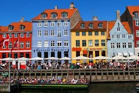 Nyhavn in the summer