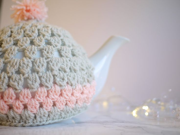 Fancy making a tea cosy? I've had a HUGE amount ofcyber love for this tea cosy tutorial. And with Mothers Day just around the corner…I…