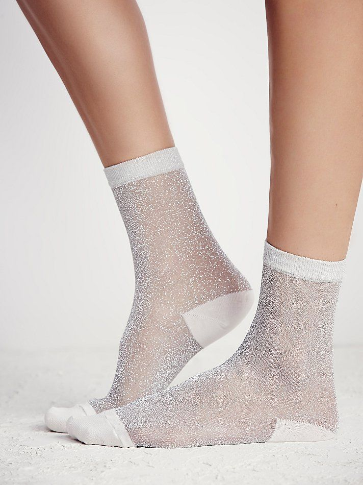 Glimmer Anklet   Mesh anklet socks featuring contrast accents and shimmering detail throughout. Elastic band for an easy fit.