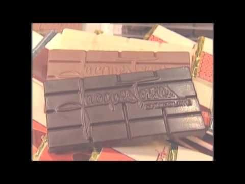 July 7th is National Chocolate bar day- video showing bean to chocolate bar process