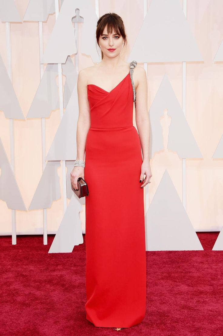 Obsessed with Dakota Johnson's smoking one-shoulder #Oscars2015 gown