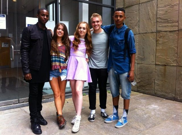 Wolfpack #wolfblood #wolfpack  this i s an awsome picture that shows true friends i defently love it