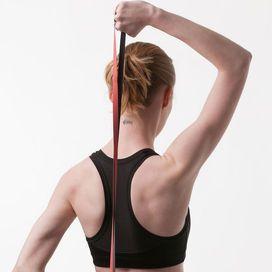 Un grande beneficio immediatoGli elastici fitness non servono solo a tonificare i muscoli ma sono perfetti anche per distendere le fasce muscolari e risolvere problemi di postura scorretta. Basterà d