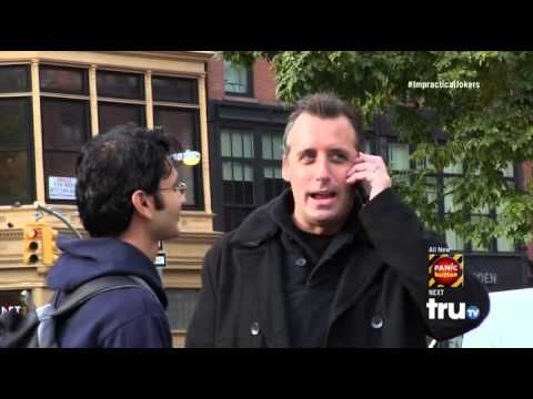 Impractical Jokers (Season 3 Episode 7) : Scarytales