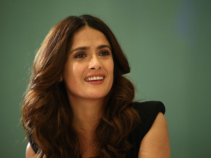 Salma Hayek says Donald Trump planted National Enquirer story about her height after she refused to date him