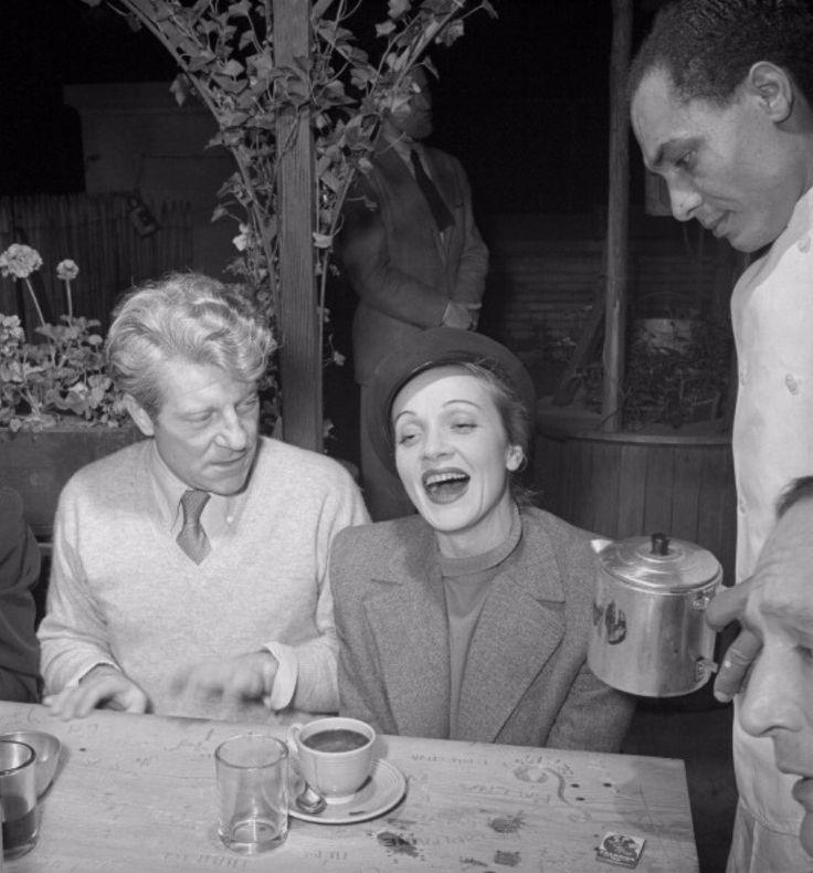 Marlene Dietrich and Jean Gabin. New York (1942)