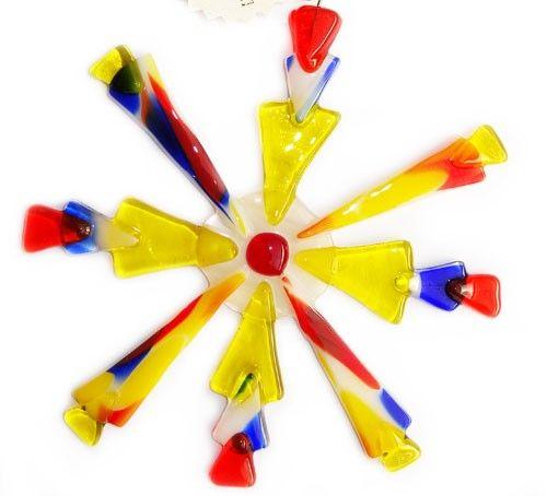 Handgemaakte glazen ster van geel,rood en blauw glas! Glasfusing kerstster uit eigen atelier!