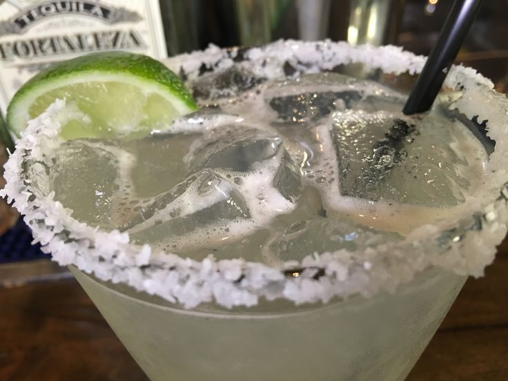 Taco Guild Gastropub in Phoenix is where master mixologist, John Jesmer is serving up drinks named after a few Golden Globe nominees.