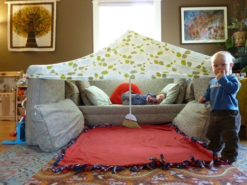 A blog post containing a critical analysis of couch cushion architecture