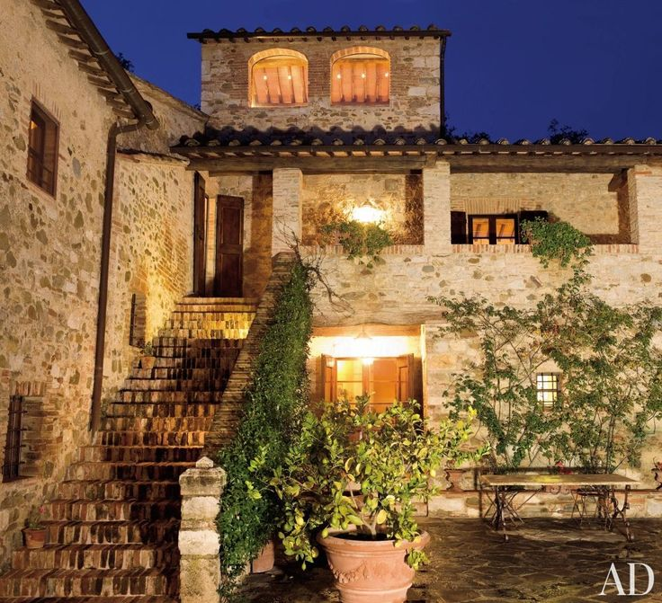 The courtyard of film producer and director Robert Zemeckis's vacation home in Tuscany.