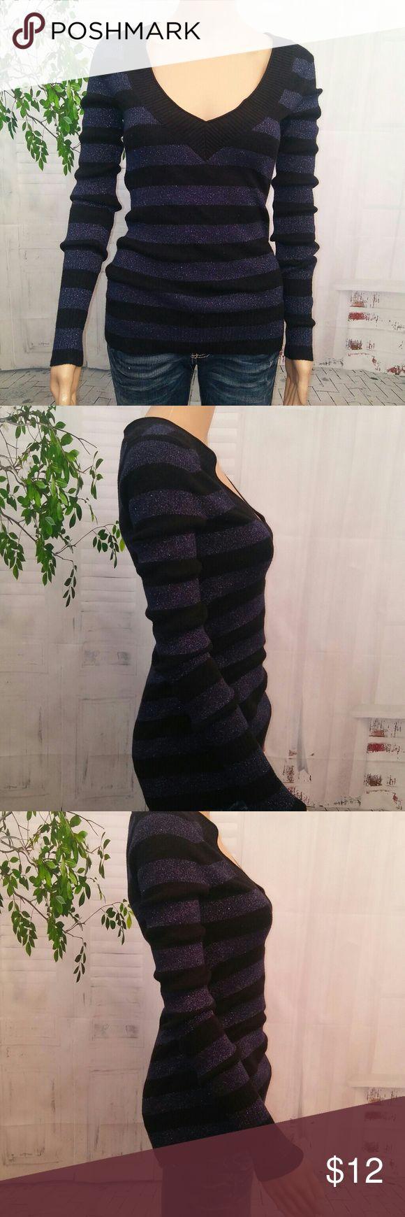 **Express**  sweater glittery Dressy sweater no size tags fits like a small. Express Sweaters V-Necks