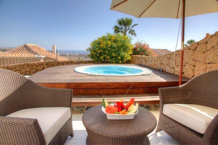 luxe villa met twee slaapkamers en jacuzzi aan de costa adeje, Deco ideeën