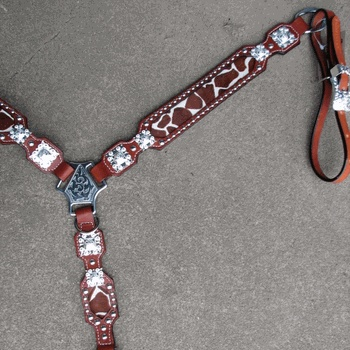Giraffe Breast Collar with Bright Silver by Running Roan Tack