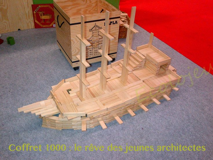 11 best images about jeux de construction bois wooden toys on pinterest home arches and grimm for Construction bois kapla