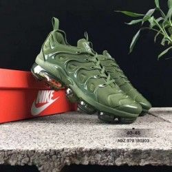 bd67098e50adf Nike Air Vapormax Plus Mens Running Shoes Army green in 2019 ...