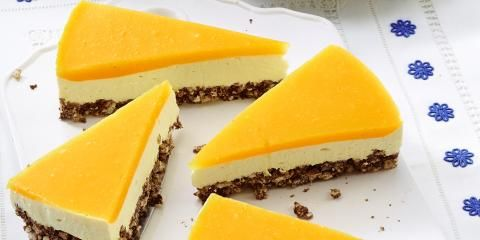 Smoothie Cheesecake with Mango Topping and Puffed Rice Base