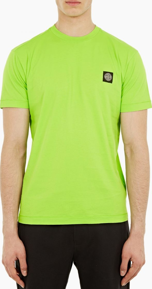 Stone Island Green Logo-Patch T-Shirt The Stone Island Logo-Patch T-Shirt for SS16, seen here in green. - - - This t-shirt from Stone Island is crafted from wonderfully soft cotton and features a distinctive logo patch to the chest. - - - http://www.comparestoreprices.co.uk/january-2017-6/stone-island-green-logo-patch-t-shirt.asp