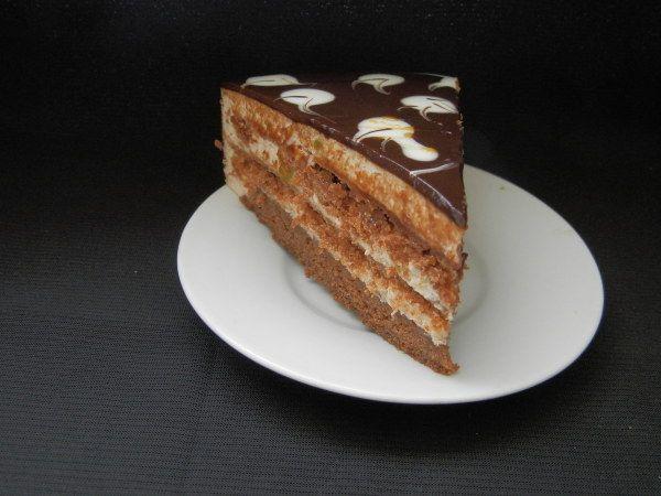 Milk cake with chocolate and caramel (Молочный торт с шоколадом и карамелью)