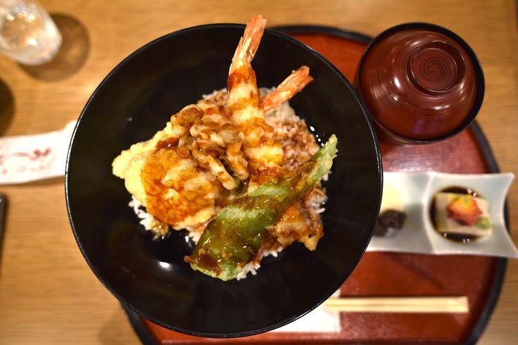 天ぷら丼。