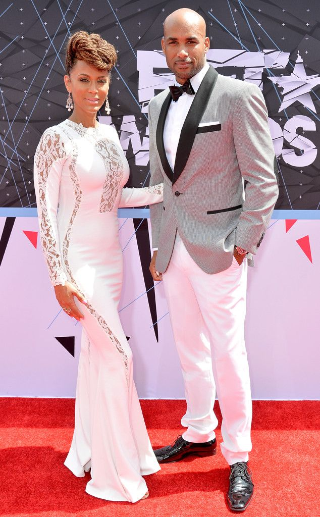 Nicole Ari Parker & Boris Kodjoe from 2015 BET Awards: Red Carpet Arrivals  Hot couple alert! All eyes are on this sexy pair, who hit the carpet in coordinating summer white looks.