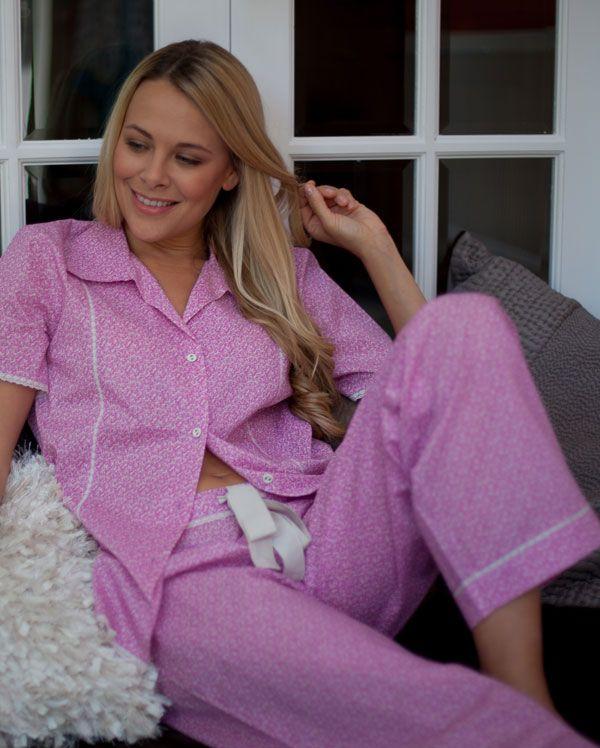 Laura Short Sleeve Ditsy Floral Printed Pyjamas