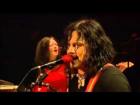▶ The White Stripes - Glastonbury 2005 - 05 Hotel Yorba - YouTube