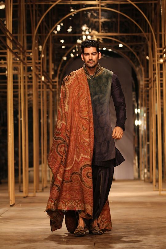Model on the ramp  at the fifth edition of Aamby Valley India Bridal Fashion Week in association with AZVA at Hotel Grand Hyatt, Mumbai on Day 1 showcasing Tarun Tahiliani's collection. #Fashion #Style #Beauty